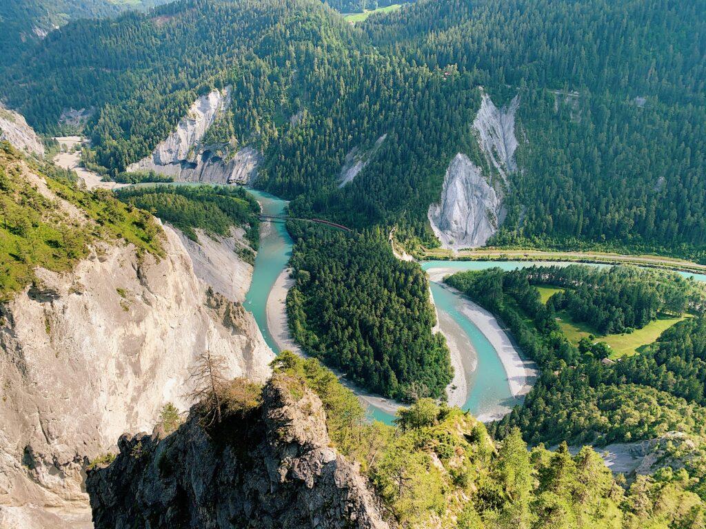 LAAX-Sommer-Wandern-Naturellymichaela_1-11-1-1024x768 Sommer in Graubünden – Natur, Abenteuer & Greenstyle in der schönsten Bergregion