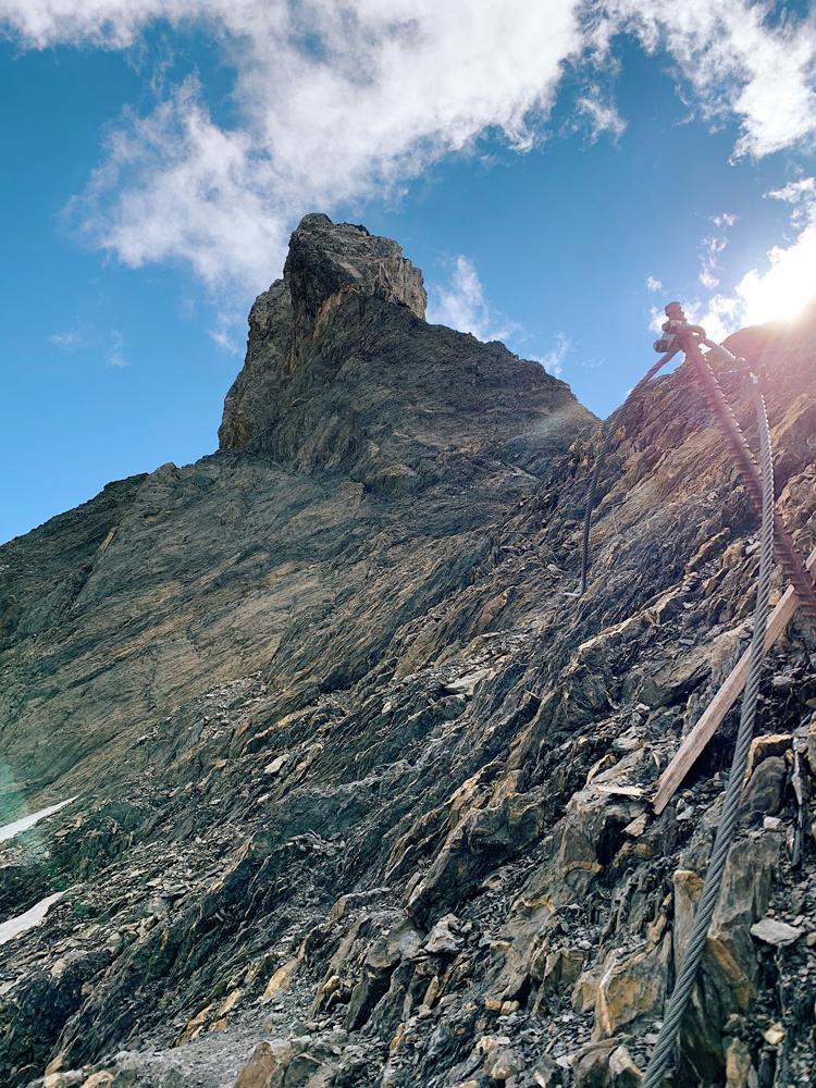 LAAX-Sommer-Wandern-Naturellymichaela_10 Sommer in Graubünden – Natur, Abenteuer & Greenstyle in der schönsten Bergregion