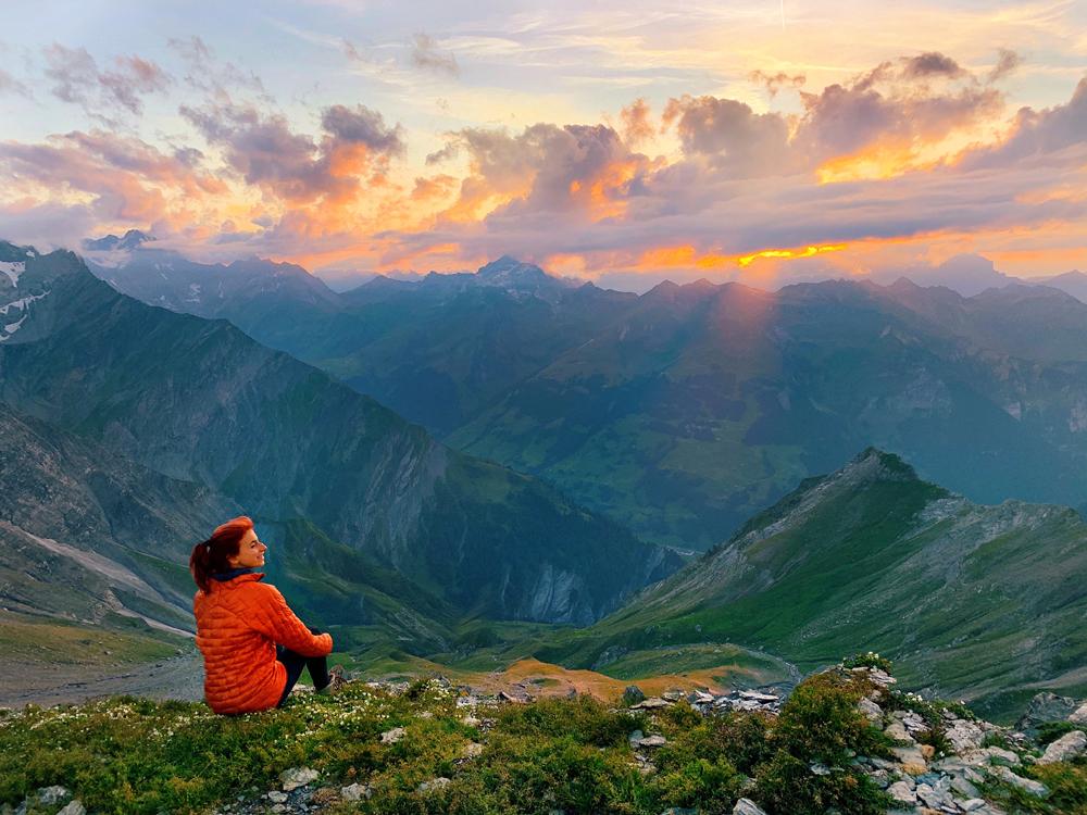 LAAX-Sommer-Wandern-Naturellymichaela_33 Sommer in Graubünden – Natur, Abenteuer & Greenstyle in der schönsten Bergregion