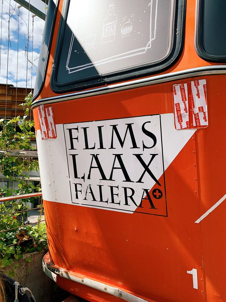 LAAX-Sommer-Wandern-Naturellymichaela_36 Sommer in Graubünden – Natur, Abenteuer & Greenstyle in der schönsten Bergregion