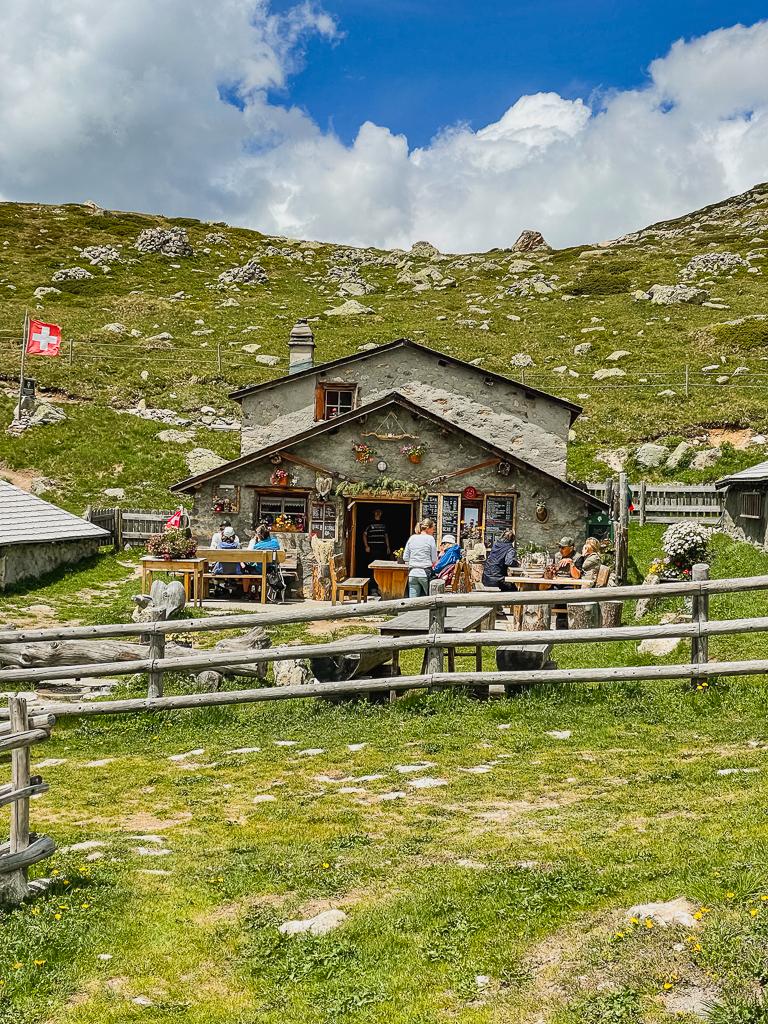 Engadin-St.Moritz-26 Sommer im Engadin - Entdecke Facetten von Geschichte, Einfachheit & Luxus